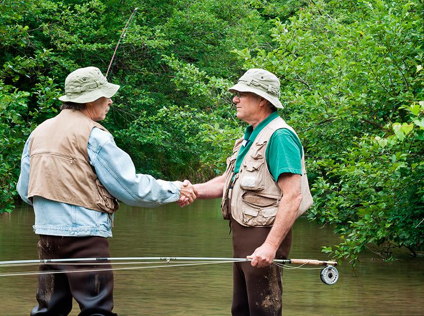 два рыбака беседуют